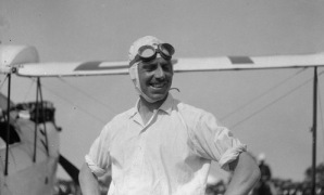 Geoffrey de Havilland - Perth, Australia 1929