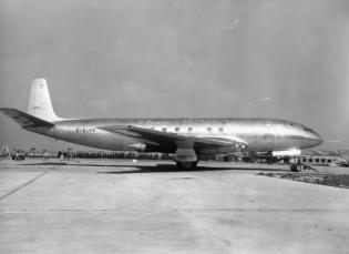de Havilland Comet Prototype at Hatfield Aerodrome